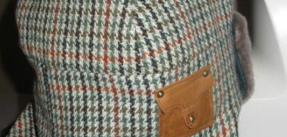 Декорируем мужскую зимнюю шапку