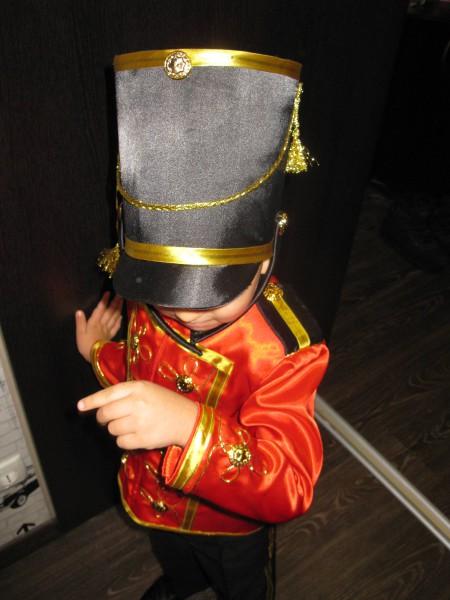 Костюм гусара для мальчика шьем сами