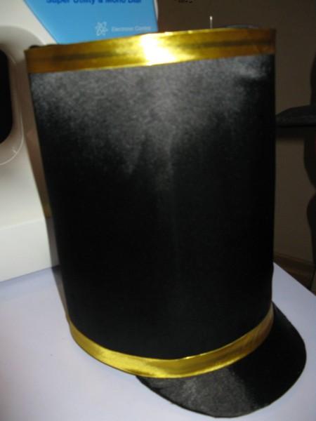kostium-soldata-gusara-shchelkunchika3