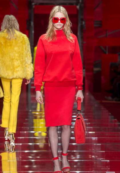 womens_fashion_versace_5
