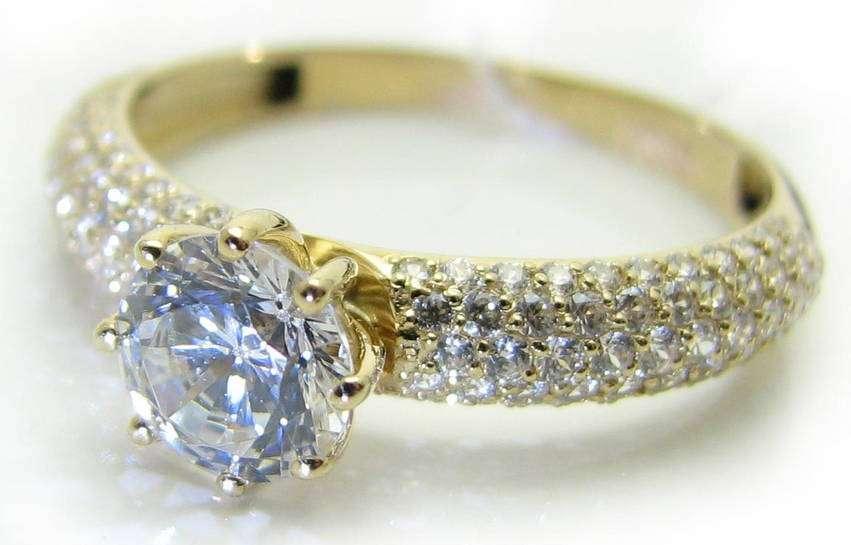 Как выбрать кольцо с правильным камнем?