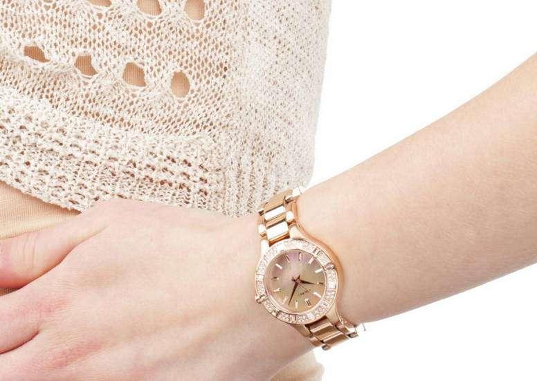 Женские часы DKNY – стильное украшение!