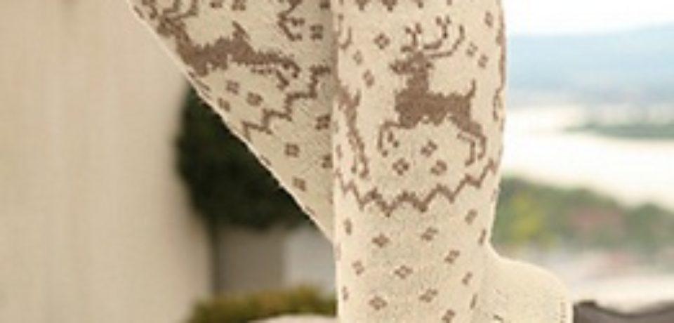 Гольфы спицами с оленями схема вязания и описание