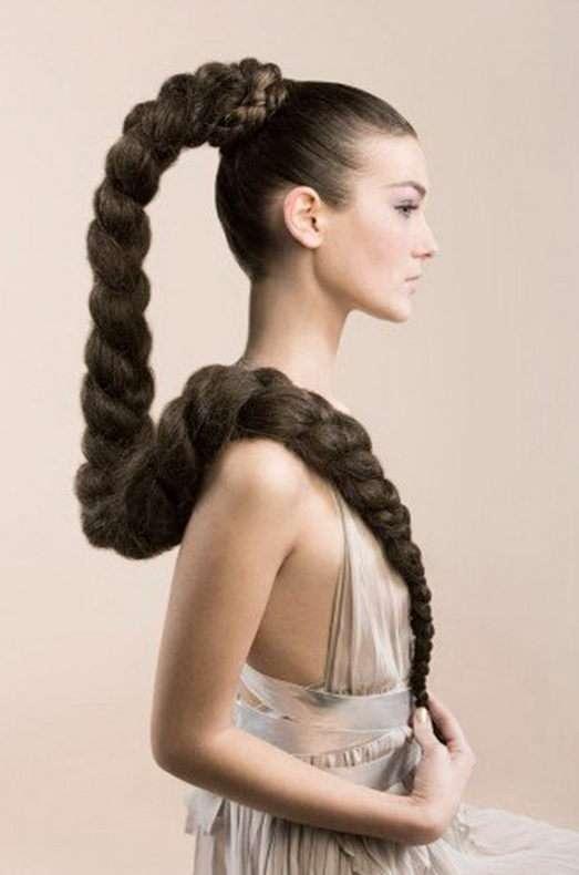 Быстрая укладка для волос. Сложные косы в лёгком исполнении