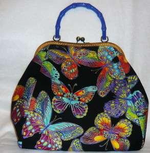 Черная сумка с бабочками