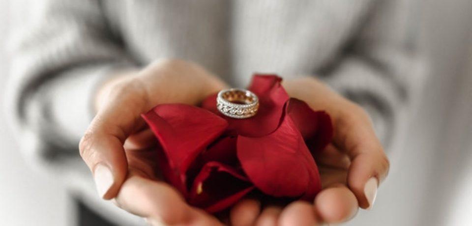 Кольцо для женщины