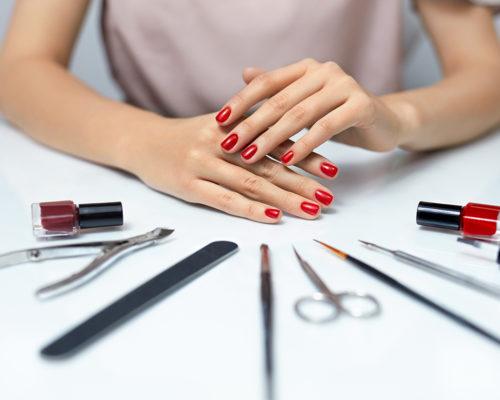 Чем хорош гель-лак для ногтей?