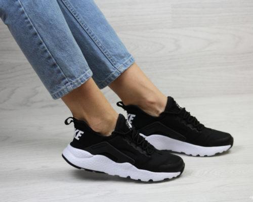 Тренды женских брендовых кроссовок в 2019 году