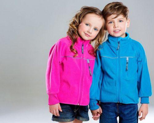Флисовая одежда для детей: преимущества и недостатки